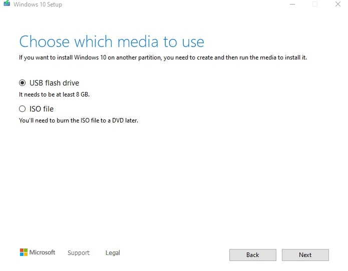 Choose which media to create a bootable disk on Windows 10