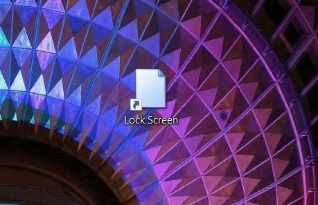 A lock screen desktop shortcut in Windows 10