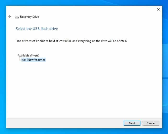 Choose a drive to use as Recovery Drive in Windows 10